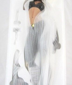 Amazing-Sideshow-X-23-Polystone-Statue-Collectibles-_57