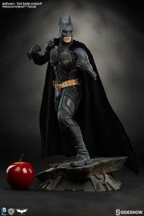 batman-the-dark-knight-premium-format-sideshow-300229-04