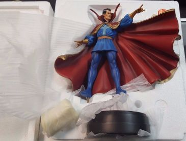Bowen-Designs-Dr-Strange-Statue-Full-Size-Marvel-_57 (3)