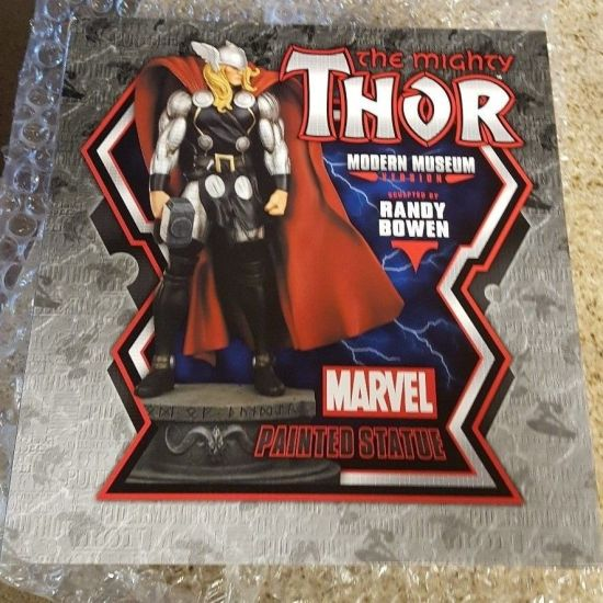 Bowen-Designs-Modern-Museum-The-Mighty-Thor-Statue-_57 (1)