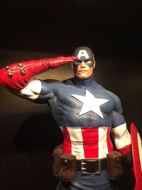 Captain-America-Sentinel-of-Liberty-XM-Studios-Statue