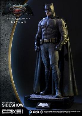 dc-comics-batman-v-superman-batman-half-scale-polystone-statue-prime-1-902663-05