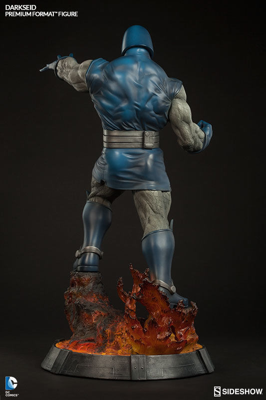 DC-Comics-Darkseid-26-Premium-Format-Statue-Sideshow-_57 (1)