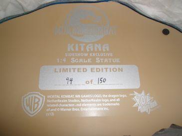 Exclusive-Sideshow-Mortal-Kombat-Kitana-1-4-Statue-94-150-_57 (1)