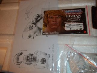 He-Man-MOTU-11-Life-Size-Bust-Statue-5-_57 (1)