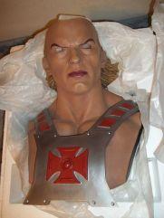 He-Man-MOTU-11-Life-Size-Bust-Statue-5-_57 (2)