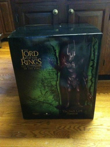 Lord-of-the-rings-Dark-lord-Sauron-statue