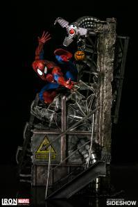 marvel-spider-man-polystone-statue-legacy-replica-iron-studio-902667-01