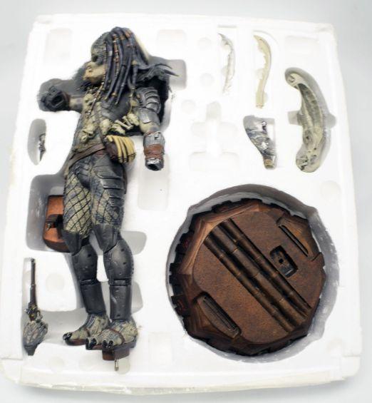 Predator-2-Elder-Predator-Statue-Sideshow-Limited-Exclusive-_57 (1)