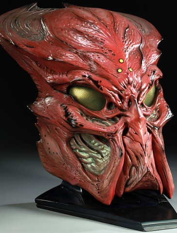 PREDATORS-Ceremonial-Predator-Mask-Prop-Replica