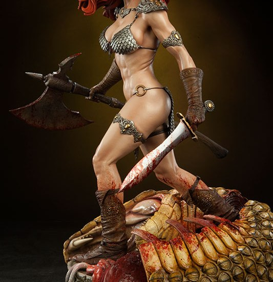 red-sonja-she-devil-with-a-sword-premium-format-3003471-02