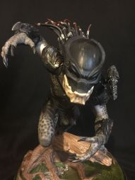 Sideshow-Avp-Aliens-Predators-the-Berserker-Maquette-Polystone