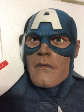 Sideshow-CAPTAIN-AMERICA-LIFE-SIZE-Bust-24-Statue-_57 (1)