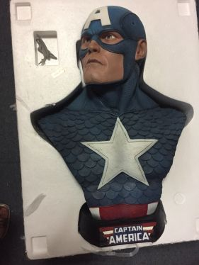 Sideshow-CAPTAIN-AMERICA-LIFE-SIZE-Bust-24-Statue
