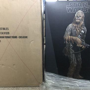 Sideshow-Chewbacca-Premium-Format-Exclusive-Star-Wars-Statue