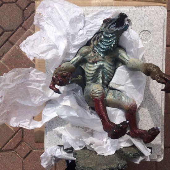 Sideshow-Collectibles-Hellboy-Sammael-Maquette-Demon-Statue-1-6-_57