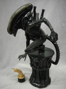 SIDESHOW-EXCLUSIVE-ALIEN-BIG-CHAP-POLYSTONE-STATUE-Chest-_57 (2)
