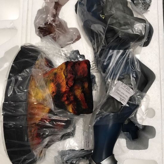 Sideshow-Exclusive-Premium-Format-DARKSEID-NEW-low-number-_57 (1)
