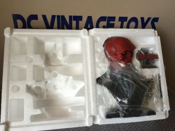SIDESHOW-EXCLUSIVE-RED-SKULL-CAPTAIN-AMERICA-LEGENDARY-Scale-_57