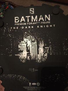 Sideshow-Exclusive-The-Dark-Knight-Batman-Premium-Statue-_57 (1)