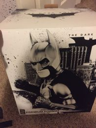 Sideshow-Exclusive-The-Dark-Knight-Batman-Premium-Statue-_57 (2)