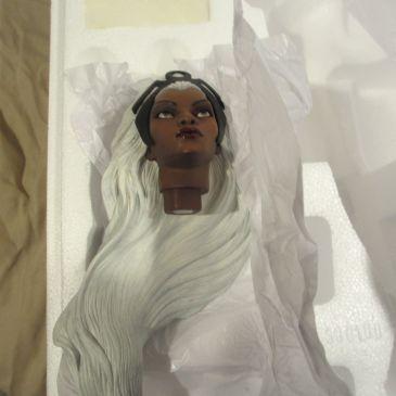 Sideshow-Exclusive-WHITE-STORM-Premium-Format-Statue-_57 (3)