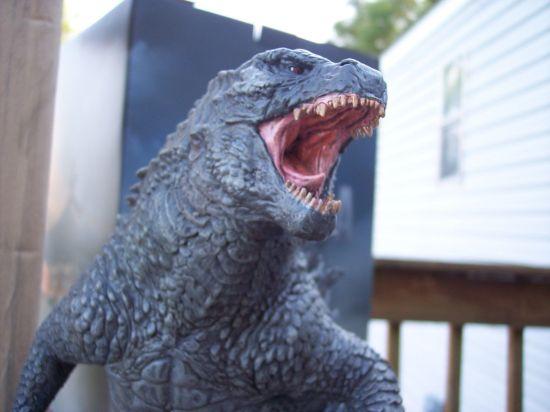 Sideshow-Godzilla-Statue-Godzilla-Bust-Godzilla-Art-Godzilla-Model-Kit-_57 (4)