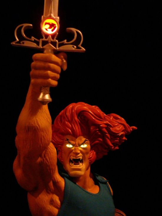 SIDESHOW-LION-O-EXCLUSIVE-Mixed-Media-STATUE-LTM-375-THUNDERCATS-_57 (4)