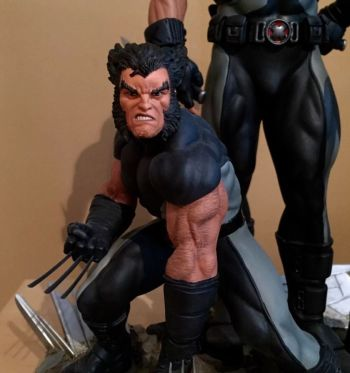 Sideshow-Marvel-X-Men-X-Force-Wolverine-Exclusive-Diorama-Statue-_57