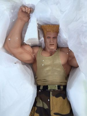 Sideshow-Pop-Culture-Shock-EXCLUSIVE-GUILE-Statue-Street-_57 (5)