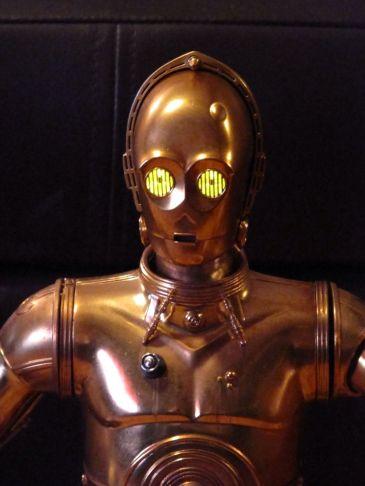 Sideshow-Star-Wars-C-3PO-R2D2-Premium-format-_57 (1)