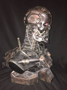 Sideshow-Terminator-Salvation-t-600-Endoskeleton-Life-Size-Bust-Statue-_57 (4)
