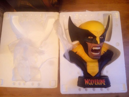 Sideshow-Wolverine-Berserker-Rage-Full-Life-Size-Bust-_57