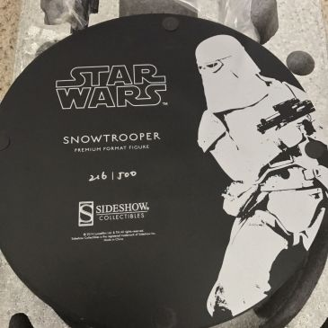 Snowtrooper-Exclusive-Premium-Format-Star-Wars-Sideshow-Statue-_57 (3)