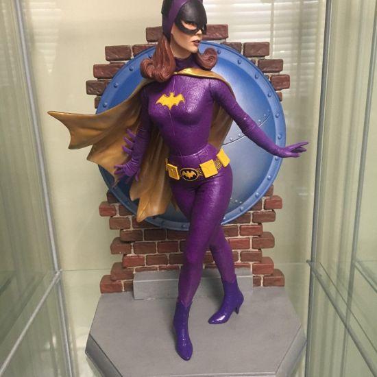 Tweeterhead-Batgirl-Statue-Yvonne-Craig-1966-Batman-TV-_57