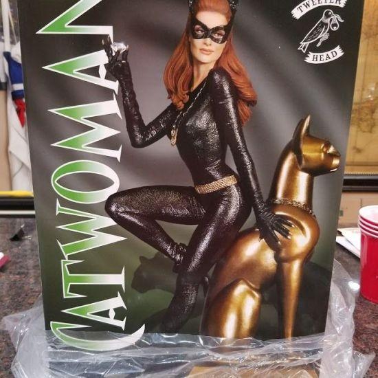 Tweeterhead-Sideshow-Catwoman-Maquette-Diorama-Statue-Figure-Batman-_57
