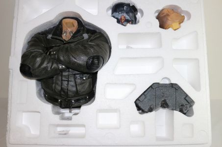 USED-Museum-master-line-Batman-Arkham-Begins-Bain-mercenary-_57