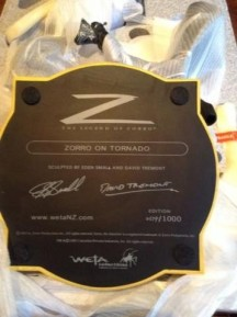 weta-collectibles-legend-zorro-zorro_1_35b4d3ca6cff05f7689694674cab98eb