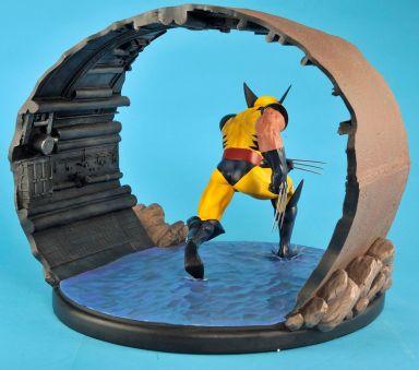 Wolverine-1-6-Scale-Statue-Diorama-Diamond-Eye-Variant-_57 (5)