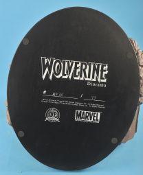 Wolverine-1-6-Scale-Statue-Diorama-Diamond-Eye-Variant-_57 (6)
