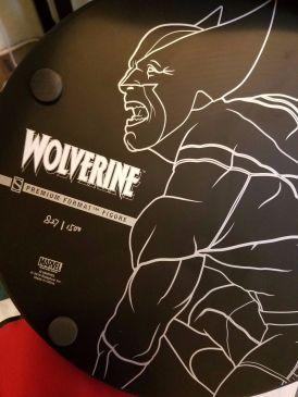 WOLVERINE-SIDESHOW-EXCLUSIVE-Brown-Costume-Marvel-Premium-Format-_57