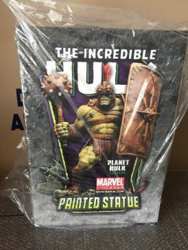 Bowen-Designs-Incredible-Hulk-703-1200-Statue-Planet-Version-_57 (5)