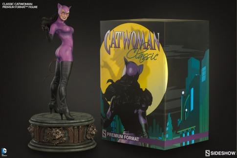 dc-classic-catwoman-premium-format-sideshow-3002632-11