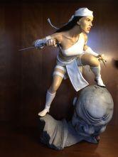 ELEKTRA-Sideshow-1-4-Scale-Premium-MARVEL-Statue-_57 (1)