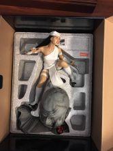ELEKTRA-Sideshow-1-4-Scale-Premium-MARVEL-Statue-_57 (5)