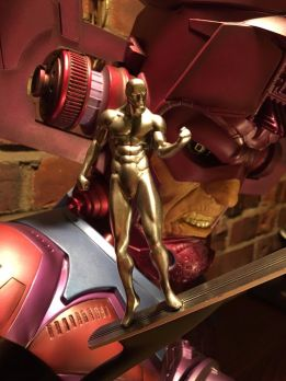 Galactus-Legendary-Scale-Bust-58-1250-Silver-Surfer-Sideshow-_57 (2)