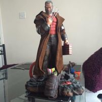 halimaw_old_man_logan_wolverine_14_scale_statue_1494403401_f0a97112