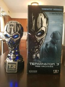 Offer-Sideshow-TERMINATOR-TX-TERMINATRIX-LIFE-BUST-_57