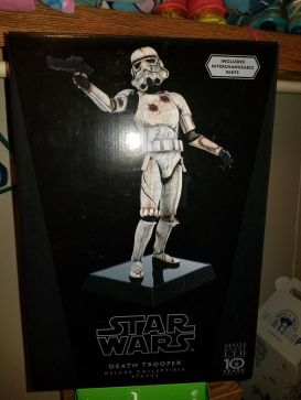 RARE-Gentle-Giant-Star-Wars-Death-Trooper-Statue-_57 (2)