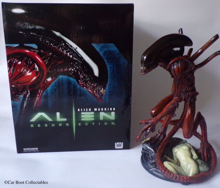 Sideshow-Collectibles-Alien-Resurrection-Warrior-11-Statue-Boxed